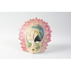 Maschera veneziana rosa con dettagli verdi